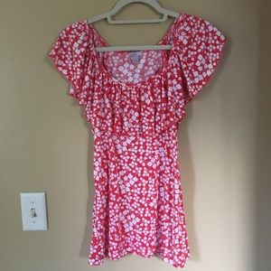 Small Old Navy Flowered Scoop Neck